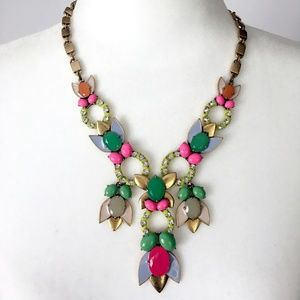 Stella & Dot Tropicana Statement Necklace